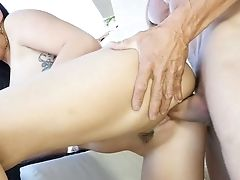 Sexy Asian Stunner London Keyes Is Having Some Daytime Hump With The Gardener