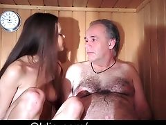 Babe Jewel Freshy Muffin Gets Pumped By An Old Prick