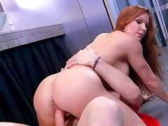 Jaw Pulling Down Gloryhole Porno With Big-chested Mummy, Diamond Foxxx