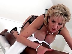 Lady Sonia Black Boy Rubdown With Blessed Ending