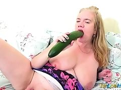 Europemature Big Gear In Vulva From Lily May