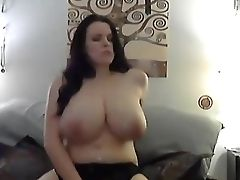 Hot Dark Haired Lilith Fucks Her Gash 18flirt