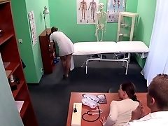 Doc Gets Sexy Patients Puss Raw
