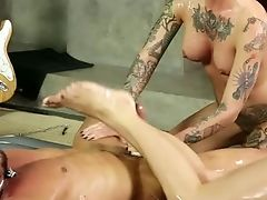 Raven Haired Punk Bitch Rachael Madori Share Hard Sausage With Tattooed Blonde Hooker In Rubdown Salon