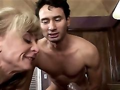 Nina Hartley Loves Wild Threesome With Sean Michaels To The Maximum
