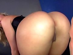 Alexis Texas Is A Unsafely Sexy Mistress. Curvy Blonde Woman