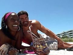 Black Chick Gemini Has A Wonderful Holiday Fuckfest With Her Fresh Mind-blowing Beau