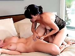 Sexy Sensational Sapphic Honies Have A Good Time As They Have Fun With Cunt And Finger Deep